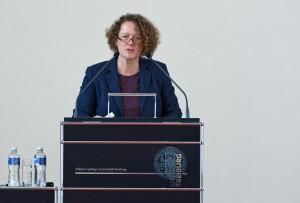 Sabine Dörpinghaus, Professorin für Hebammenkunde an der Katholischen Hochschule Köln.